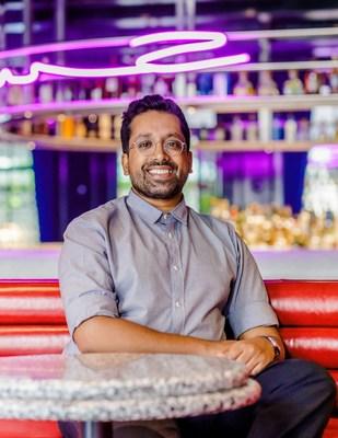 Johnnie Walker is collaborating with award-winning drinks pioneer Ryan Chetiyawardana on the future of sustainable socialising. (PRNewsfoto/Johnnie Walker)