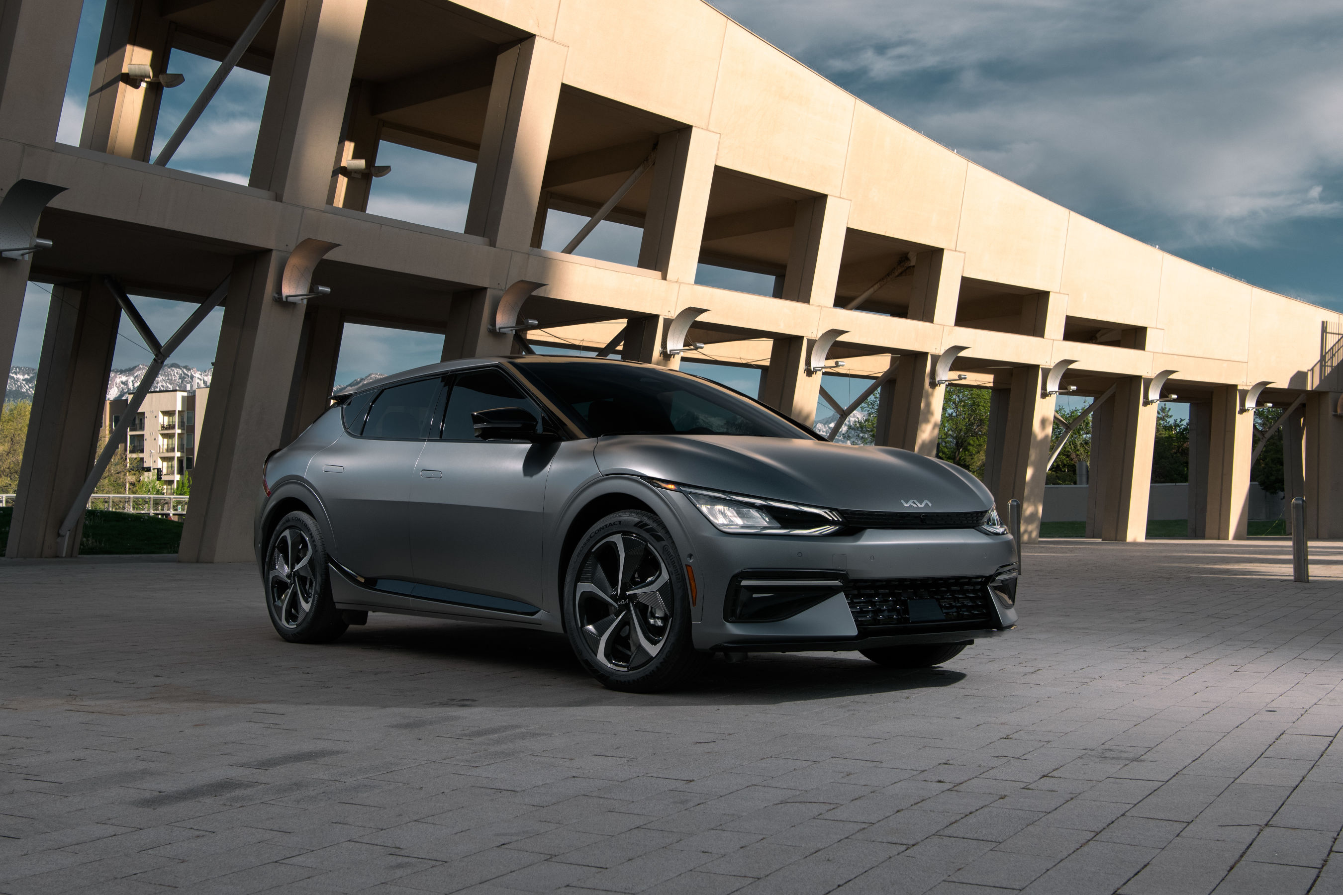 All-new EV6 is Kia's first dedicated EV and signals the beginning of the brand's transformative 'Plan S' electrification strategy.