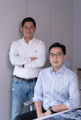 N.THING's CEO & founder Leo Kim(left) and CFO, Chris Lee(right).